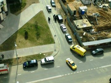 Полиция нашла тело в автомобиле на территории Новой Москвы