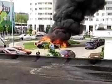 Четыре легковых автомобиля сгорели в ТиНАО