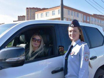 Сотрудники Госавтоинспекции ТиНАО провели профилактический рейд «Ваш пассажир - ребенок»