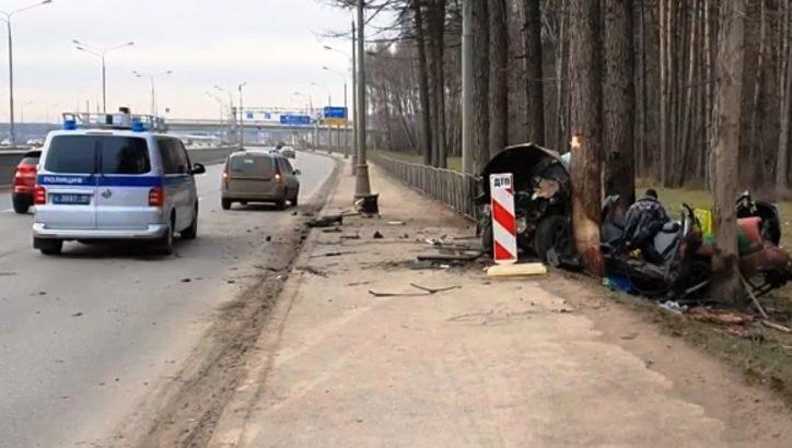 Один человек погиб и один пострадал в результате ДТП на Калужском шоссе в ТиНАО