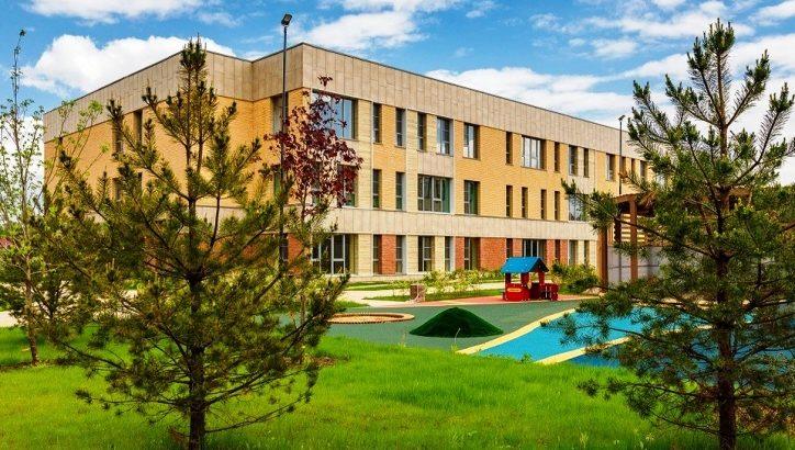 Завершено строительство детского сада с бассейном в ЖК «Испанские кварталы»