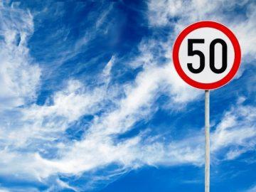 Более 20 дорожных знаков установили в двух деревнях ТиНАО