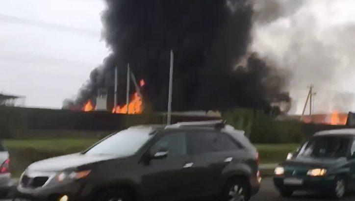 Пожар на складе в поселении Мосрентген в ТиНАО ликвидирован